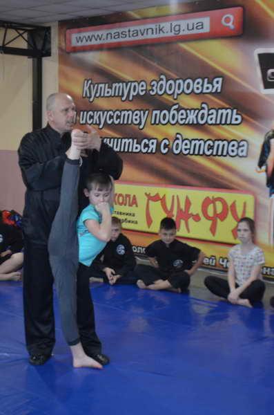 2018 may den shkoly a.yu . serbin v lisichanske 004