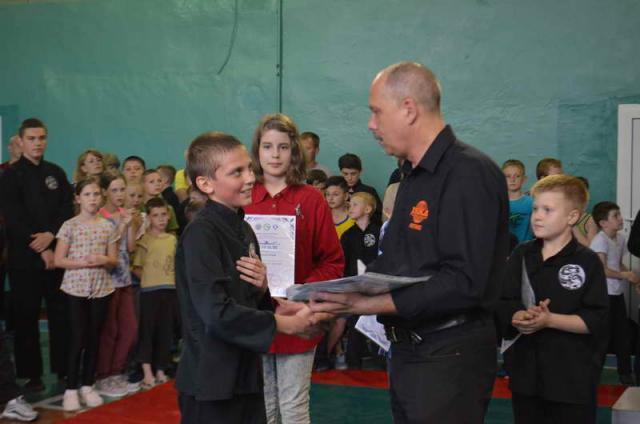2018 may kitayskiy yazyk institut konfuciya serbin severodoneck 008